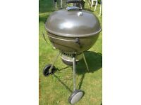 WEBER MASTER TOUCH BBQ WITH COVER