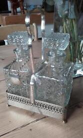 Glass tantilis decanter