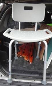 SHOWER CHAIR SEAT for Invalid or Elderly Geriatric / Non-slip rubber feet / Sit in the shower  / Very clean