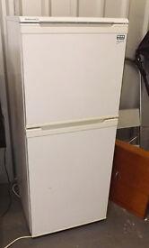 BEKO Fridge Freezer Free Standing White 50/50 134 cms