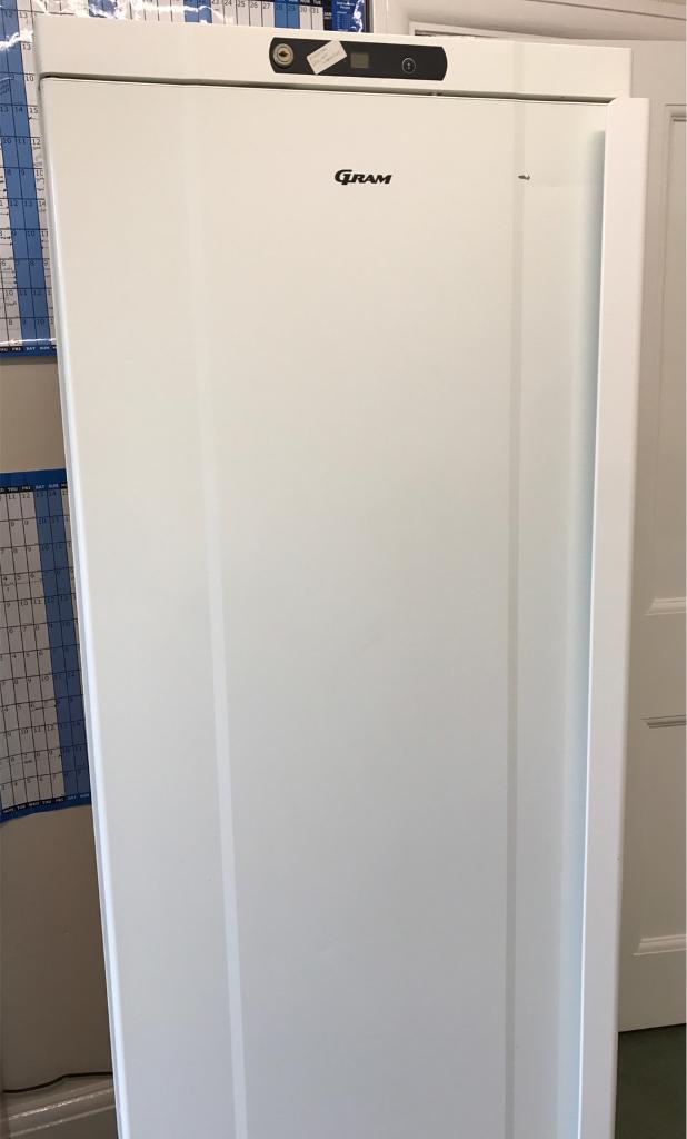 GRAM commercial fridge - good working condition