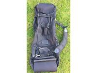 Wheeled travel cover for golf bag