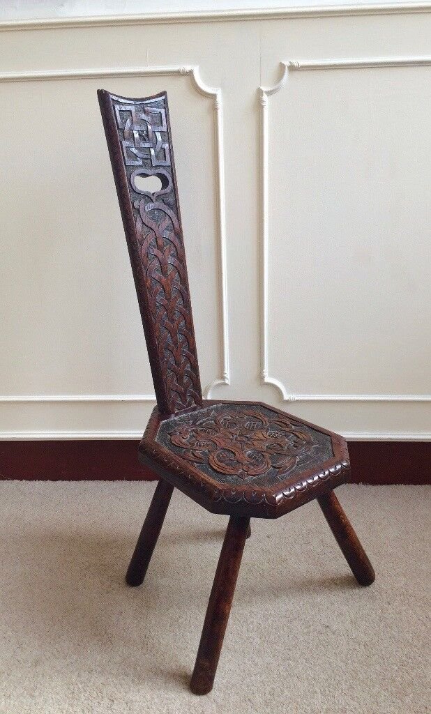 Arts & Crafts Morris Celtic Knot Spinning Bedroom Decorative Carved Chair Heart