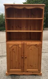 A SMALL SOLID PINE DRESSER