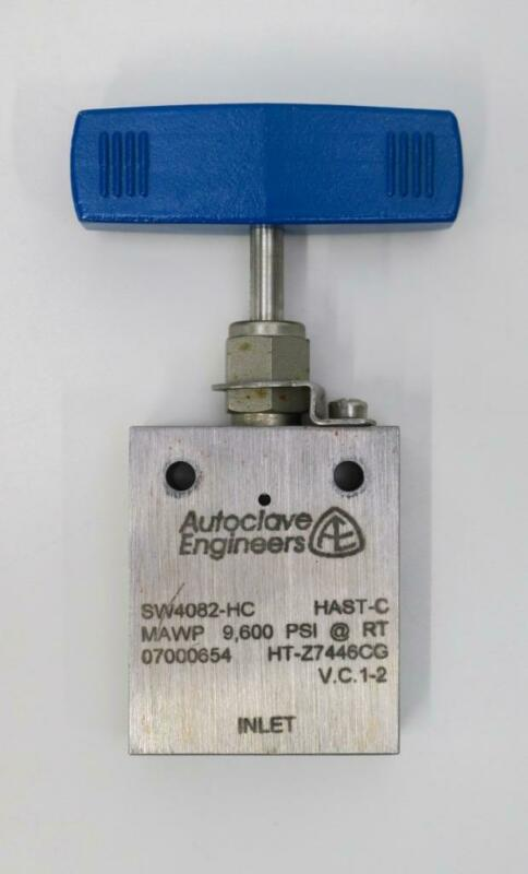 Autoclave Engineers SW4082-HC Two Way Angle Valve, Hastelloy C, MAWP 9600 PSI