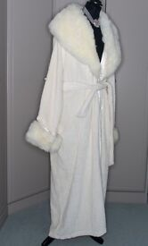 Glamourouse dressing gown