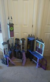 Monster High Delux School (Its Very Big) With Box collect only due to size collect Stonehaven £35