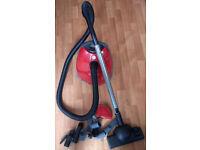 HOOVER AriAnne Vacuum Cleaner £15! MUST GO! 1700 Watt POWER! BARGAIN WITH A NEW VACUUM BAG INSTALLED