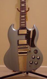 Epiphone SG with Maestro Tremolo (Limited Edition) + Hard Case
