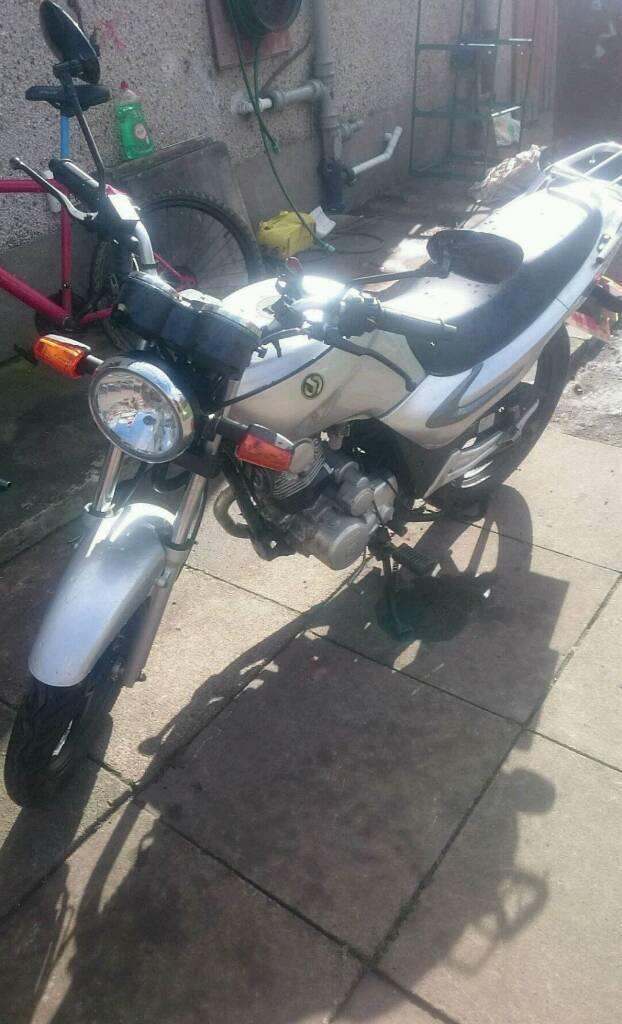 Sym 125 roadbike