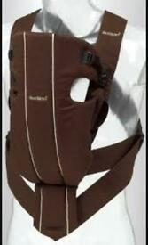 Baby Bjorn active carrier chocolate and cream