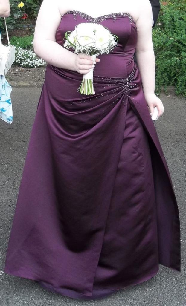 NEED GONE ASAP MOVING HOME Size 26 Purple bridesmaid dress | in ...
