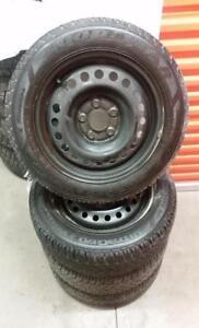 (H154) Pneus Hiver - Winter Tires 205-55-16 Goodyear 8/32
