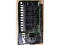 Roland TR-8 drum machine TR8 (analog TR808 / TR909 emulation)