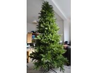 6FT Artificial Christmas Tree very good condition