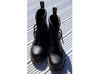 Doctor Martens boots Size 9 black