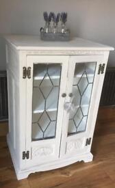Lovely shabby chic vintage cabinet / cupboard / unit