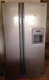 Samsung fridge freezer, American style, frost free