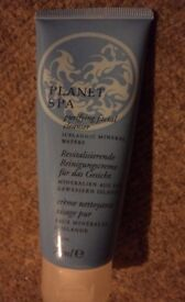 Avon planet spa purifying facial/face wash cleaner cleanser