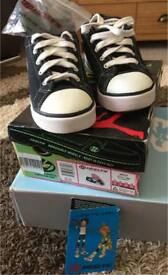 Heelys Black and White Unisex in Excellent Condition UK2 with box