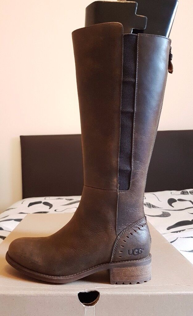 UGG Vinson Boots - Colour: Stout - Size: 5.5UK (38EU, 7USA) *Brand New with Box & Tags
