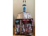 Monster High Deluxe High School/ Dolls House