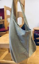 Sequined shoulder bag greenish 50x40