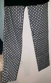 H&M Black & White Trousers Sz 34 (8) Pattern Print