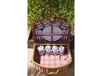 Vintage Picnic Hamper Basket