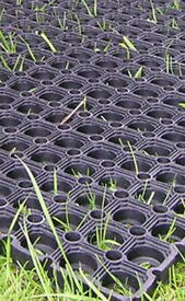 4 Rubber garden safety mats