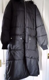 BLACK PUFFER COAT SIZE 12