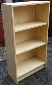 bookcase. 2 adjustable shelves, 110 x 60 x 28cm. In excellent condition.