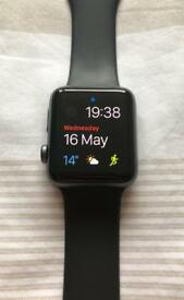 Apple Watch Series 3 (42 mm, Space grey) - Six extra straps and charging stand included
