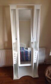 Free standing bedroom mirror
