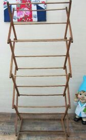 Vintage 1950's Wooden Concertina Clothes Horse / airer / dryer ONLY £5