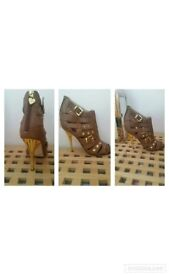 Stunning shoes size 3