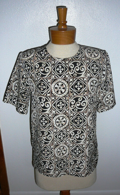 NOTATIONS BLOUSE~Short Sleeve~Padded Shoulders~Multi Color~Miss Size 6~FREE SHIP