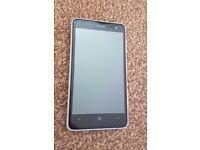 Nokia Lumia 625 8GB White Unlocked Smartphone 3 Phone cases, 8 Screen Protectors