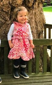Au pair or part-time nanny speaking German or Italian (three children, 9, 6 and 2)