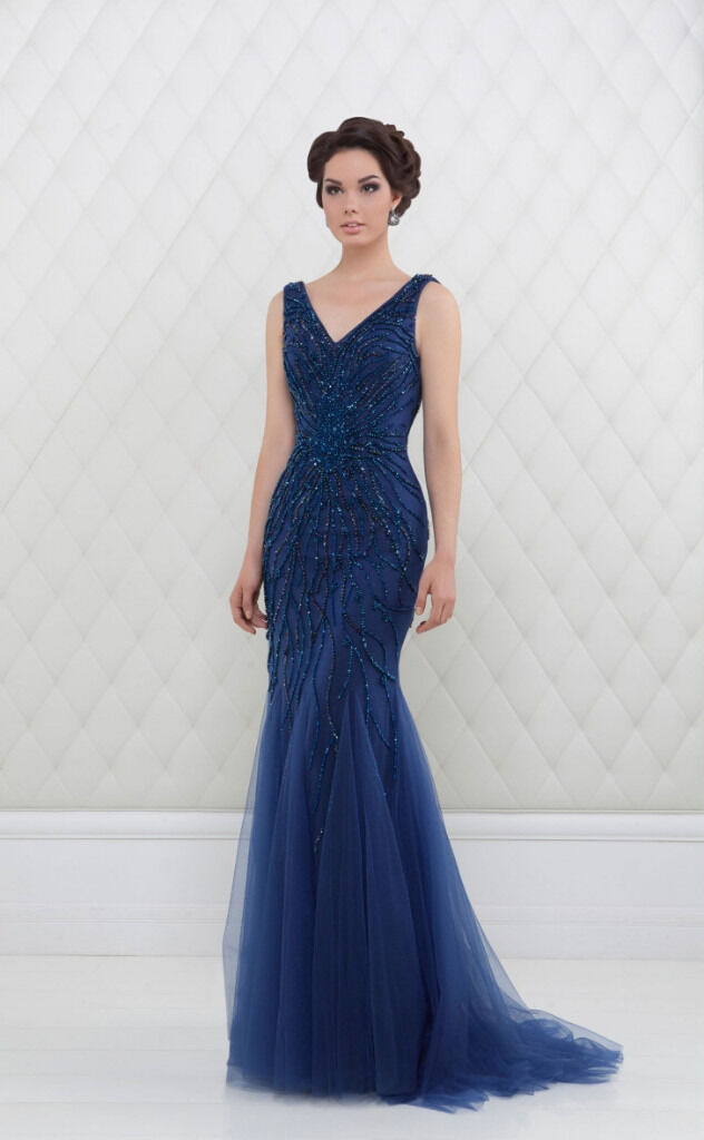 Prom and evening dresses, brand new and unaltered