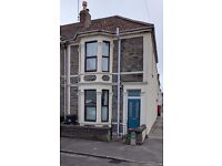 3 Bed end of terrace House to let, available end of June/ July. No agents fees