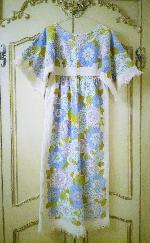 VINTAGE 1960 TERRY TOWELLING FLOWER POWER LONG BEACH DRESS Pink Blue White  MOD 100% Cotton Fringe 369fc29dc