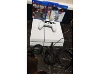 Sony Playstation 4 500GB Glacier White + Controller +3 Games Mint Condition !!!
