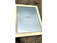 """iPad 4 10"""" 16GB Excellent condition + smart cover"""