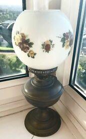 gorgeous antique vintage oil lamp