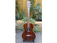 Eastman E10 00 M acoustic guitar with pickup and hard case