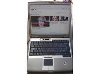 DELL Windows XP Laptop - WiFi with MS Offic 2010 - Serial/rs232 & Parallel Port -* GREAT CONDITION**