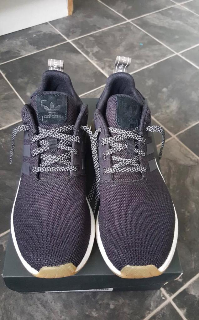 Adidas nmd r2 black trainers size uk 9  ef00bba8d
