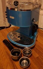 Coffee maker with milk frother, DeLonghi, mid blue, ECO310.B