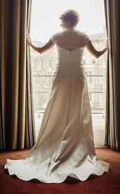 Wedding dress: Pure Bridal Flower, Ivory, Size 14, £450